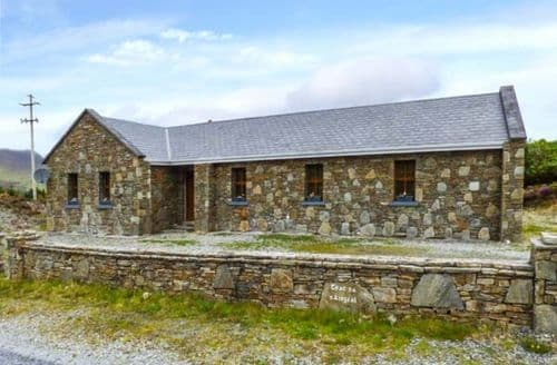 Last Minute Cottages - Teach na nAingeal