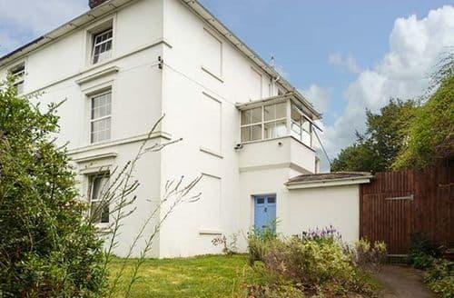 Big Cottages - Tasteful Maidstone Cottage S60824