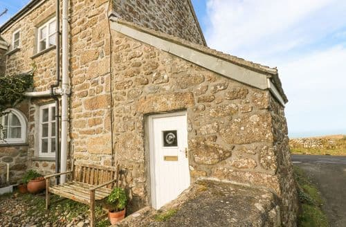 Last Minute Cottages - Quaint Madron Cottage S60003