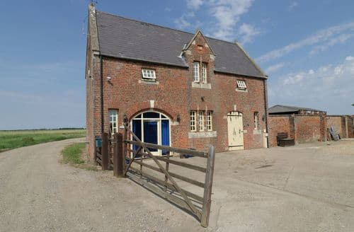 Last Minute Cottages - Exquisite Swineshead Cottage S83936