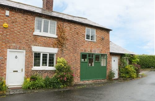 Last Minute Cottages - Stunning Chester Cottage S84443