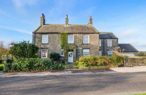 Last Minute Cottages - Quaint Millhouse Green Cottage S72925