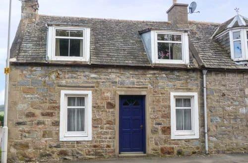 Big Cottages - Stunning Tomintoul Cottage S71922