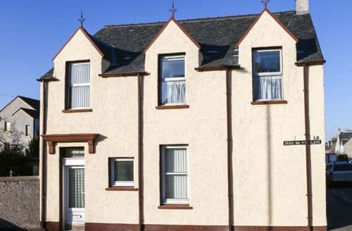 Big Cottages - Splendid Stornoway Cottage S76776