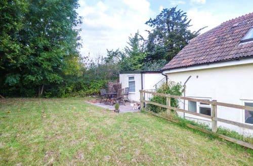 Last Minute Cottages - Wonderful Crockerton Apartment S71998
