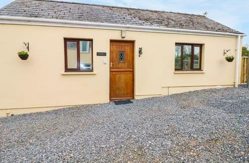 Last Minute Cottages - Gorgeous Llanteg Cottage S73255