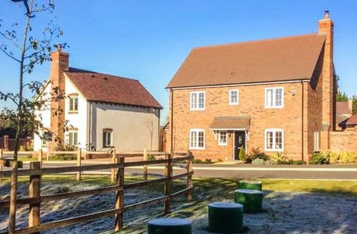 Last Minute Cottages - Lovely Welford On Avon Cottage S73145