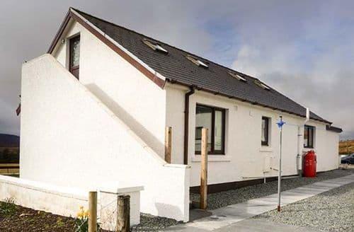 Last Minute Cottages - Inviting Dunvegan Cottage S79100