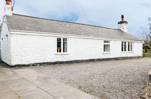 Big Cottages - Gorgeous St Asaph Cottage S80532