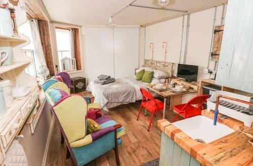 Last Minute Cottages - Exquisite Ystradgynlais Cottage S113826