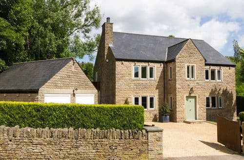 Last Minute Cottages - Lovely Glossop Cottage S93273