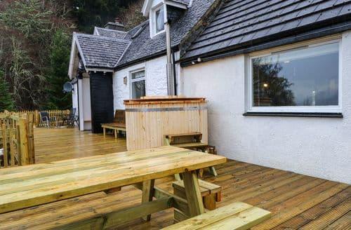 Big Cottages - Quaint Glenmoriston Cottage S84143