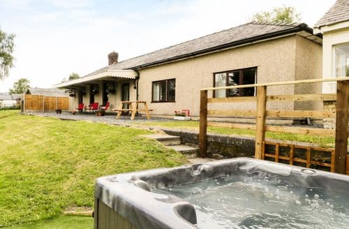 Big Cottages - Charming Frongoch Cottage S81161