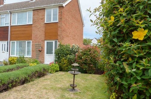Big Cottages - Exquisite Pysons Road Industrial Estate Cottage S83816