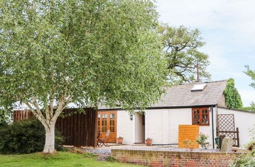 Last Minute Cottages - Delightful Chester Cottage S81833