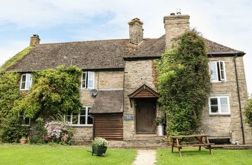 Last Minute Cottages - Bridge Inn Farmhouse
