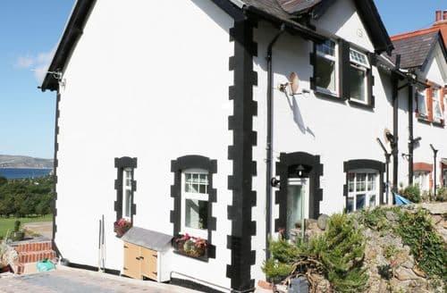 Big Cottages - Stunning Dwygyfylchi Cottage S92448