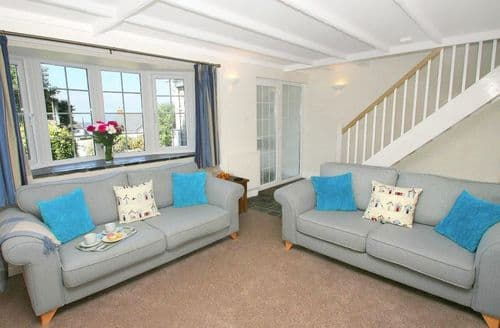 Last Minute Cottages - Gorgeous Watergate Bay Cottage S82019