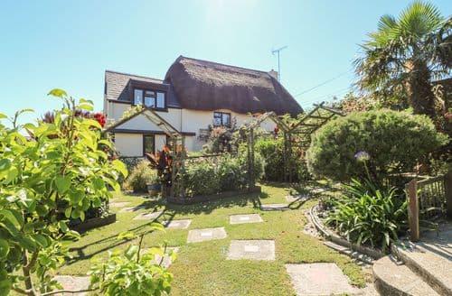 Last Minute Cottages - Quaint Gunwalloe Cottage S82030