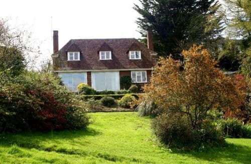 Last Minute Cottages - Luxury Gillan Cottage S82032