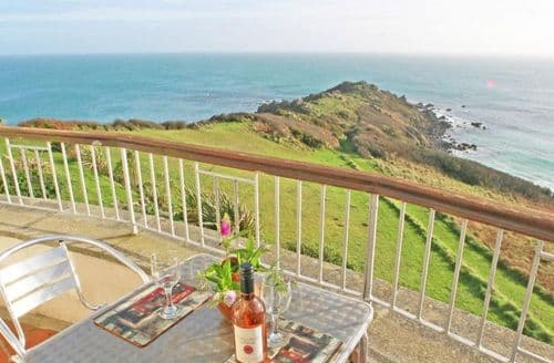 Last Minute Cottages - Lovely Cornwall Apartment S82063