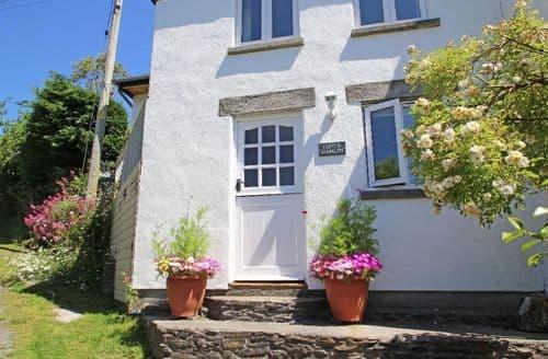 Last Minute Cottages - Tasteful Rilla Mill Cottage S82168