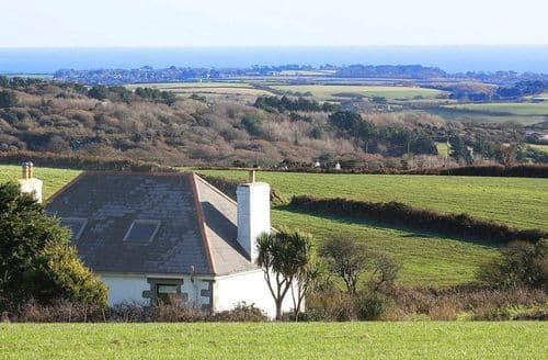 Last Minute Cottages - Stunning Constantine Cottage S82348