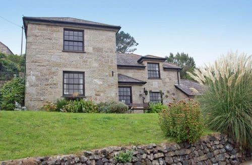 Last Minute Cottages - Charming Ruan Minor Cottage S82370