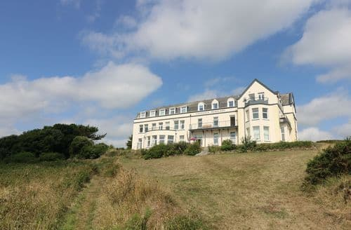 Last Minute Cottages - Gorgeous Cornwall Apartment S82373