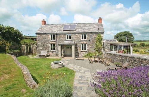 Last Minute Cottages - Splendid Helstone Cottage S82655