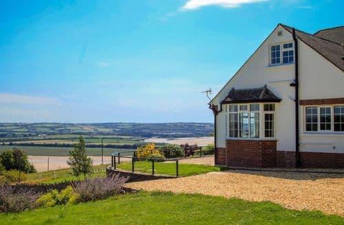 Big Cottages - Wonderful Ashford Lodge S82492