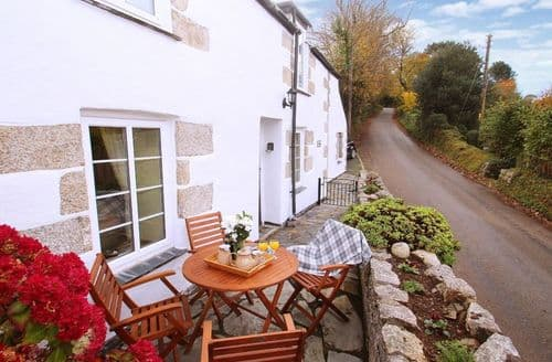 Last Minute Cottages - Delightful Mawnan Smith Cottage S82542