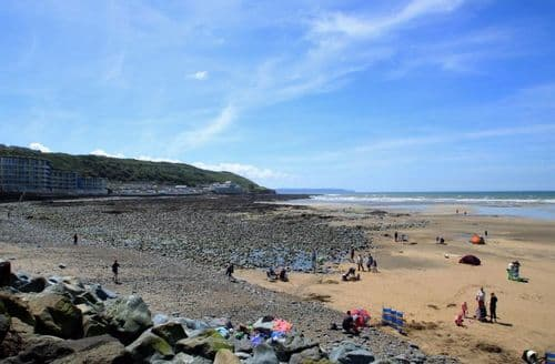Last Minute Cottages - Delightful Westward Ho! Apartment S82611
