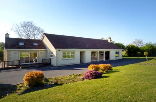 Last Minute Cottages - Quaint Naas Cottage S81548
