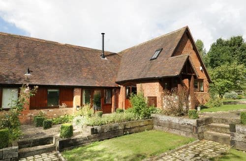 Last Minute Cottages - Attractive Coughton Cottage S84963