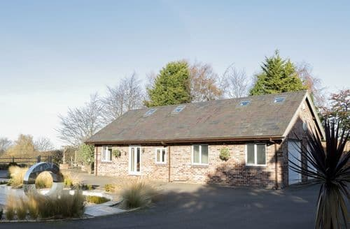 Big Cottages - Wonderful Tarvin Cottage S89481