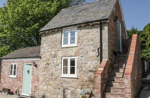 Last Minute Cottages - Luxury Selattyn Cottage S101012