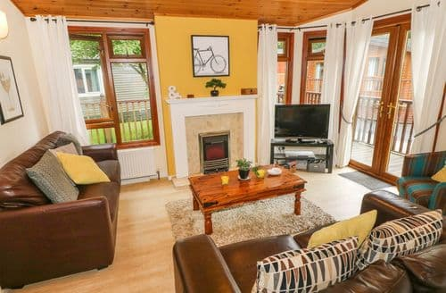 Last Minute Cottages - Windermere Lodge