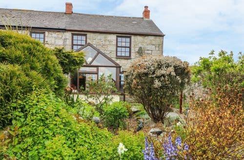 Last Minute Cottages - Tasteful Mabe Burnthouse Cottage S98822