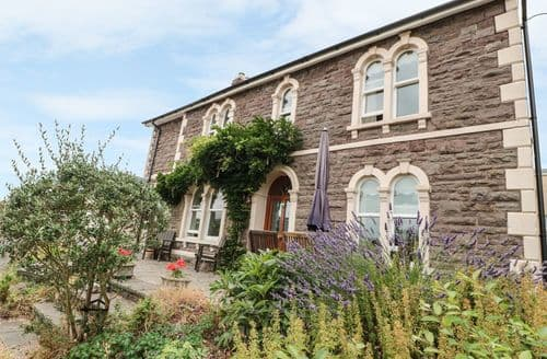 Big Cottages - Exquisite Abergavenny Cottage S106071