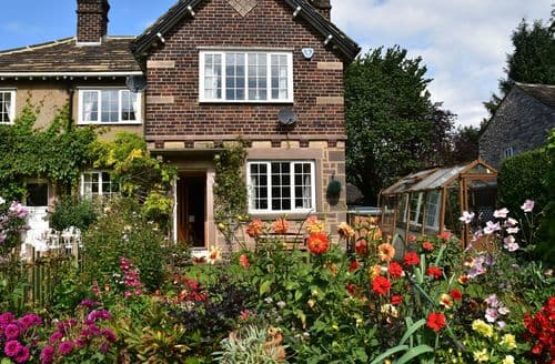 Big Cottages - Excellent Ashford Cottage S88763