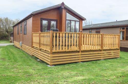 Last Minute Cottages - Quaint Tewitfield Cottage S88575