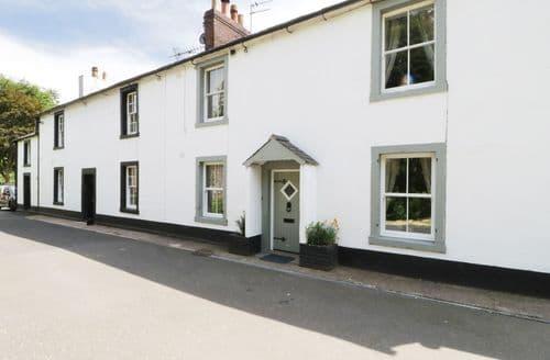 Big Cottages - Delightful Warwick Bridge Cottage S89987