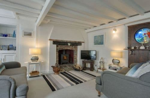 Last Minute Cottages - Cosy Cawsand Cottage S96249
