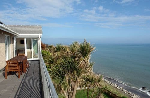 Last Minute Cottages - Lovely Seaton Cottage S96251