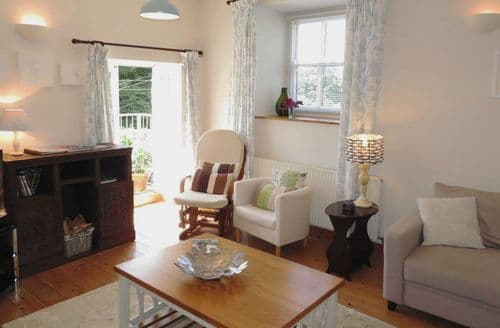 Last Minute Cottages - Attractive Helston Cottage S96331