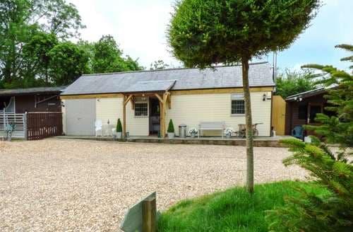 Last Minute Cottages - Beautiful East Dorset Cottage S98309