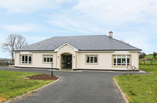 Big Cottages - Luxury Longford Cottage S97714