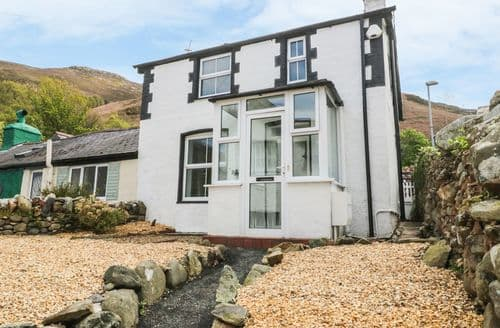 Big Cottages - Exquisite Dwygyfylchi Cottage S98838