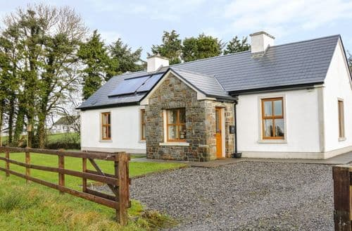 Big Cottages - Captivating Ballina, County Mayo Cottage S94393